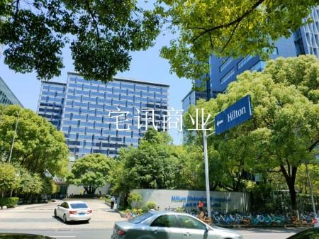 上海闵行红松路552号,90平可做鞋服便利店,租客转租