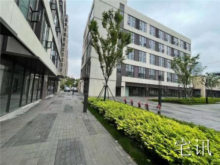 青浦区朱家角首创喜悦翠庭12栋4号独栋商业 整栋出售 外观很漂亮