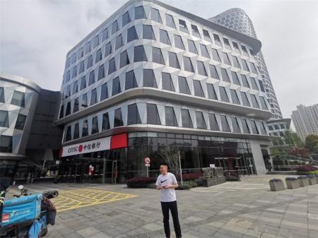 上海虹口海伦路440号,海伦路地铁上建20本产证,中信银行全家掌门教育多租户稳定承租,通燃气,业主出国诚意出售