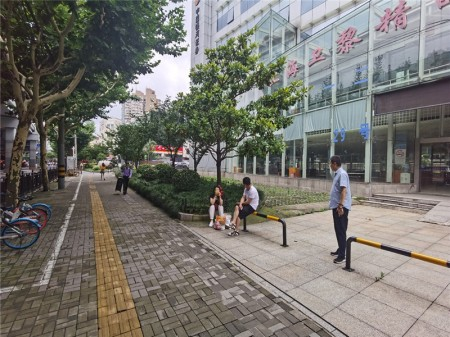普陀曹杨核心板块中山北路2917号中关村科技大厦整栋出租 租约到期重新招商