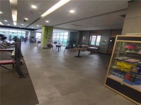 浦东新区北蔡核心商圈博华路989号2层幕天商业广场 租约到期 转租