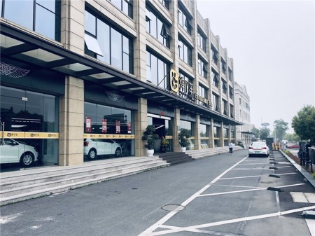 嘉定江桥核心板块歆翱商务大厦沿街商铺出租 租约已到期