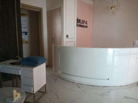 浦东新区 潍坊核心板块 地铁上盖 八佰伴 2楼商铺 租约到期 对外出租